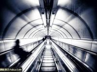 教你独特视角拍摄都市地下铁
