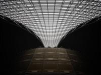 室内建筑摄影如何捕捉复杂光线与线条