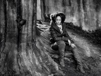 如何拍摄出经典的黑白肖像作品