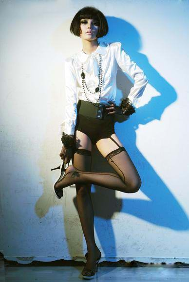 时尚写真片拍摄的炫色六法