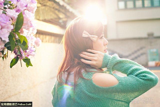 小巷弄中如何用闪灯重现阳光的立体感
