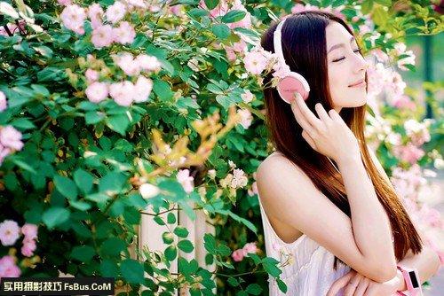 与你分享:春日里美女人像