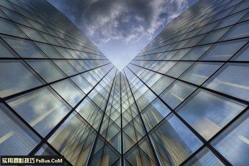 组合色彩线条拍出特色城市建筑