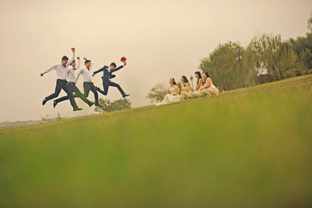婚礼摄影如何拍出最特别的傧相团