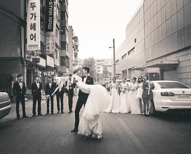 仿纪实婚纱的拍摄方式