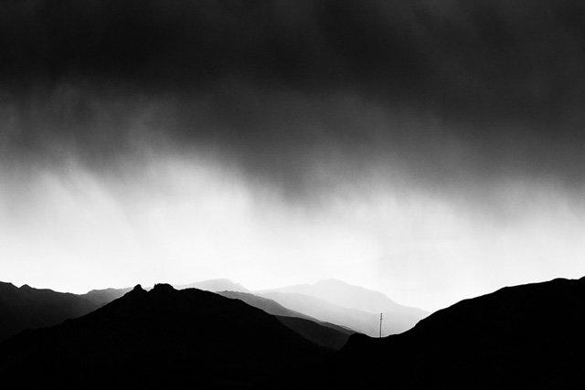 运用阴影与对比拍出富有张力的照片
