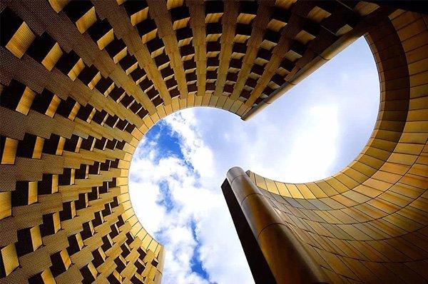 化腐朽为神奇的建筑摄影构图
