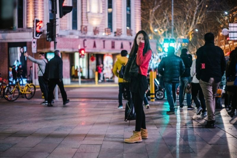 哪种镜头最适合你的街头摄影?